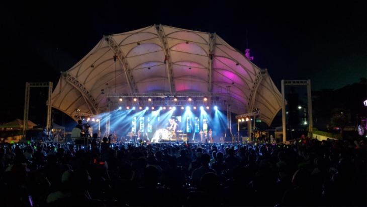 [문화예술과]무더위 날릴 열정의 무대…'한여름 밤의 축제'열린다(지난해 행사 모습).jpg