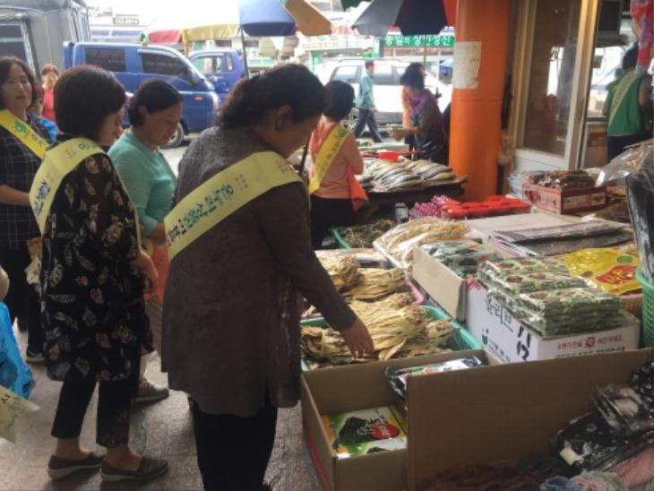 [동성동]추석맞이 전통시장 장보기 행사.JPG