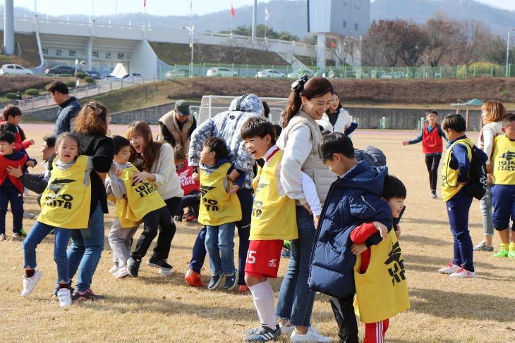 [상주상무] 가족과 함께하는 축구교실 (2018년) (1).JPG