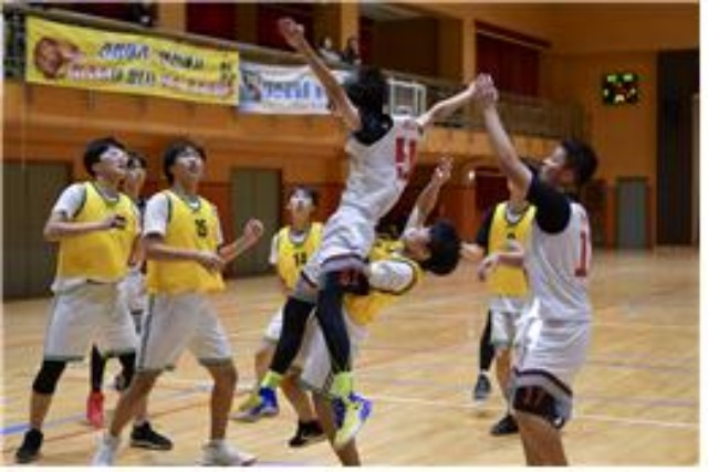 4.모두가 즐기는 행복한 농구 대축제(2018년도제11회상주전국학교스포츠클럽 농구대회 장면).jpg