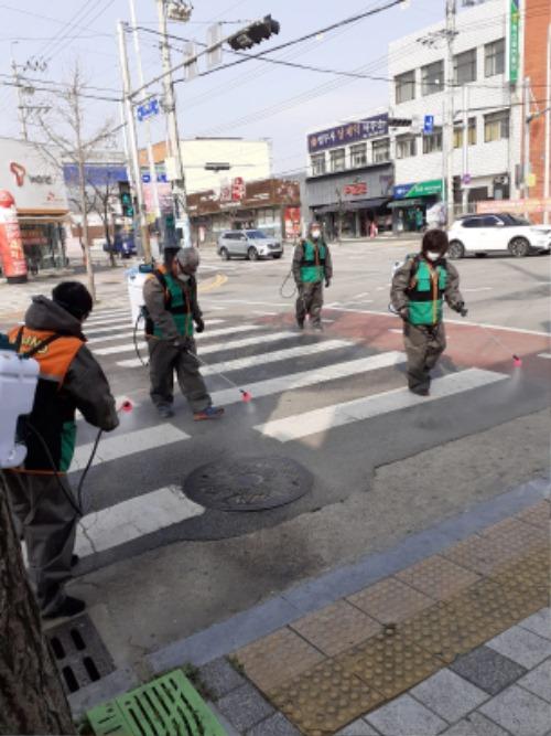 [안전재난과]상주시 지역자율방재단 방역봉사활동 시행.jpg