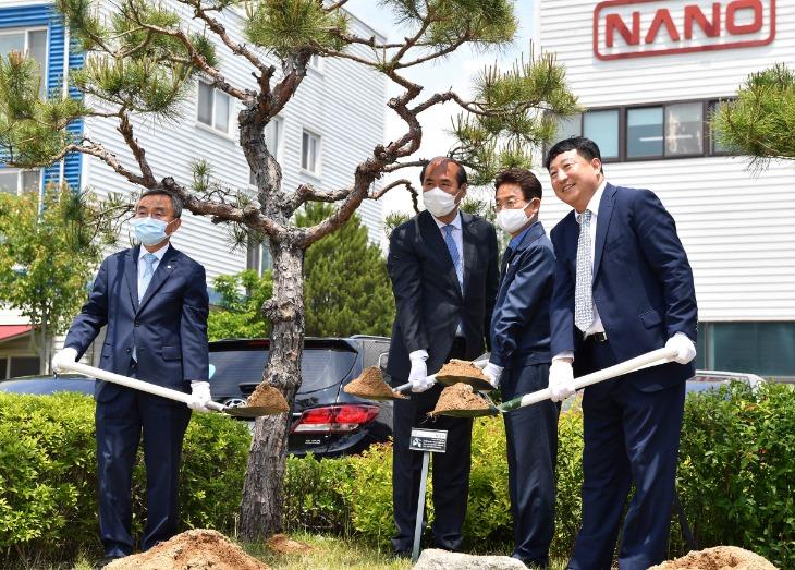 나노_LNG발전소_신제품_제조라인_준공식1.jpg