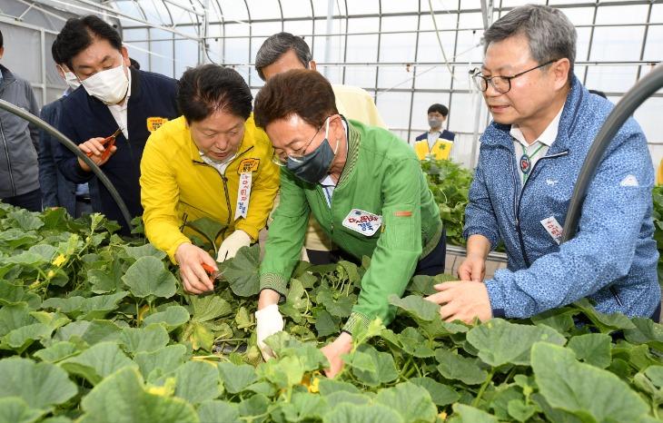 성주참외과채류연구소 방문(4H 연합회) (2).JPG