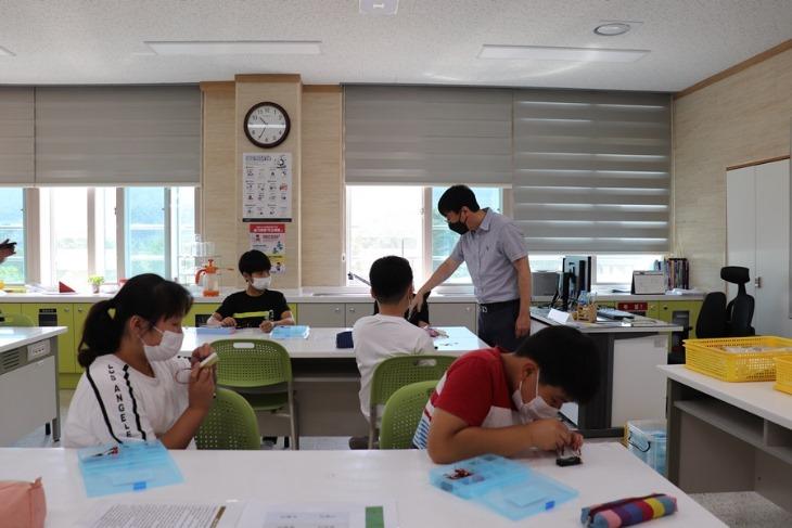 상주동부초_찾아가는 발명교실 (1).JPG