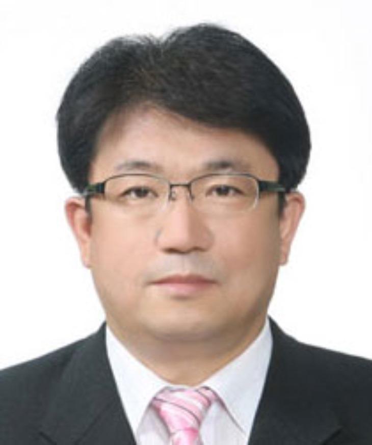 1222-29민인기 경북도의회사무처장, 공직생활 마무리-민인기처장 사진.jpg